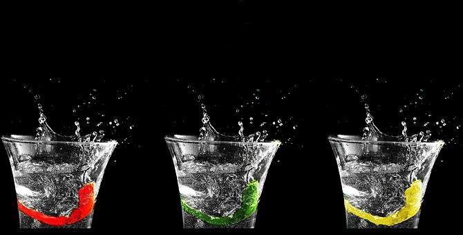 Creatività - bicchieri zampillanti